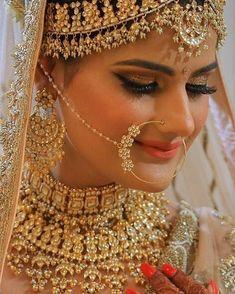 Ditch the Regular jewellery & try the new Offbeat Bridal Jewellery trend! Indian Wedding Bride, Wedding Jewelry For Bride, Bridal Jewelry Sets, Bridal Jewellery, Diy Jewellery, Indian Weddings, Jewellery Storage, Jewelery, Silver Jewelry