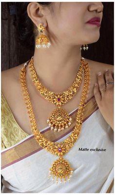 Indian Jewelry Sets, Indian Wedding Jewelry, Bridal Jewelry Sets, Ethnic Jewelry, South Indian Bridal Jewellery, Gold Temple Jewellery, Gold Jewelry, Jewelry Art, Jewelery
