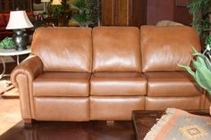 Couch - Hand Stitched - Roll Arm - American Made - 6870