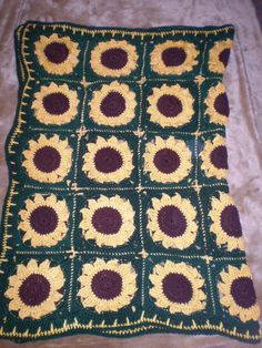 New SUNFLOWER Hand Crochet Afghan