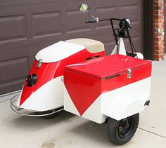 1947 Yellow Cushman Pacemaker Motor Scooter Motor Scooter S