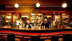 Λίγες μέρες μετά το λανσάρισμα του καινούργιου cocktail menu του μπαρ 42, η Θάλεια Τσιχλάκη μεταφέρει τις εντυπώσεις τις από όσα δοκίμασε κι όσα έζησε.