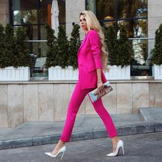 It's very nice to be a woman ! Suit Fashion, Work Fashion, Fashion Outfits, Womens Fashion, Fashion Trends, Luxury Fashion, Classy Outfits, Casual Outfits, Cute Outfits