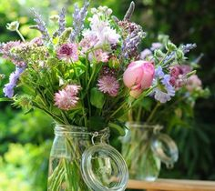 True English country garden flowers in a jar/ Reminds me of the flowers from my wedding Jam Jar Flowers, Table Flowers, Love Flowers, Beautiful Flowers, Wild Flowers, Fresh Flowers, Beautiful Places, English Country Weddings, Country Garden Weddings