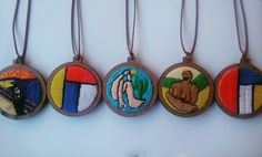 """Série de colares """"Obras de Arte""""."""