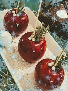 Καραμελωμένα μήλα !!! ~ ΜΑΓΕΙΡΙΚΗ ΚΑΙ ΣΥΝΤΑΓΕΣ 2 Christmas Time, Xmas, Christmas Cakes, Christmas Recipes, Cake Recipes, Cherry, Sweets, Fruit, Food