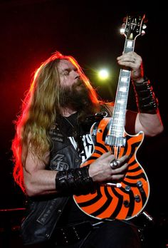 See Zakk Wylde pictures, photo shoots, and listen online to the latest music. Music Love, Music Is Life, Rock Music, Hard Rock, Heavy Metal, Rock N Roll, Pride And Glory, Musician Photography, Black Label Society