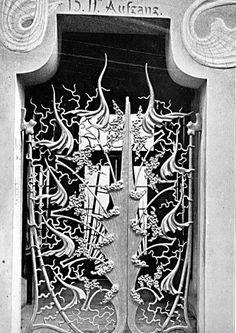 # HETEROTOPIC ARCHITECTURES /// Hofatelier Elvira by August Endell | The Funambulist