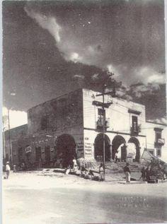 Casa del Portalillo del Alto. Casa del siglo XVI, que se le autorizó tener portales altos y bajos, con pilares de piedra blanca. Casa que perteneció al regidor Juan Blas Ramírez. Este inmueble fue destinado como mesón.