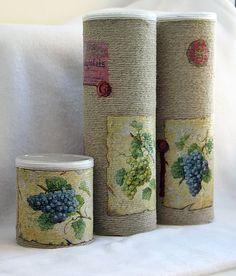 """Декорирование банок из под чипсов """"Pringles"""" - marinanovik   Дневники.Ykt.Ru Tin Can Crafts, Diy And Crafts, Arts And Crafts, Diy Art Projects, Projects To Try, Pringles Can, Candle Molds, Box Art, Paper Flowers"""