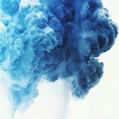 Up in blue smoke Light Blue Aesthetic, Rainbow Aesthetic, Aesthetic Colors, Aesthetic Pictures, Aesthetic Pastel, Azul Pantone, Image Bleu, Neon Licht, Everything Is Blue