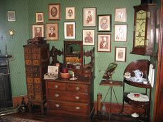 Victorian furniture detail at Sherlock Holmes museum