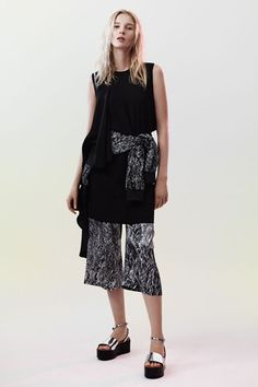 McQ - Spring/Summer 2015 Ready-To-Wear - LFW (Vogue.co.uk)