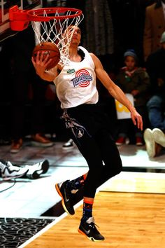Zach LaVine Photos - Sprite Slam Dunk Contest 2015 - Zimbio Zach Lavine 4211efe2a