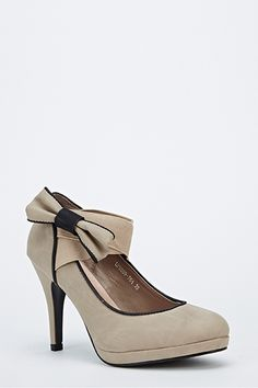 Bow Side Contrast Heel for £5 @ Everything5pounds.com