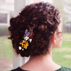 Curly hair updo with flowers curly hair braids, curly hairstyles, Curly Hair Braids, Curly Hair Updo, Curly Wedding Hair, Curly Hair Cuts, Long Curly Hair, Curly Hair Styles, Curly Short, Curls Hair, Easy Hairstyles