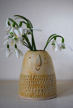 Atelier Stella. Little mountain vase.