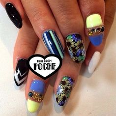 17 Nail Art Salons You Have To Visit Before You Die - Nail Room Poche in Tokyo