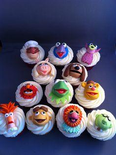 Final Set, Muppet Cupakes by zoeycakes. Disney Cupcakes, Love Cupcakes, Yummy Cupcakes, Sesame Street Muppets, Sesame Street Party, Sesame Street Birthday, Muppet Babies, Baby Cupcake, Cupcake Cakes