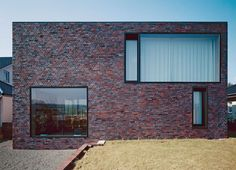 "enochliew: "" House W by Bayer & Strobel Architekten The openable windows that tend to have larger frames are recessed, not detracting from the minimalistic appeal. """
