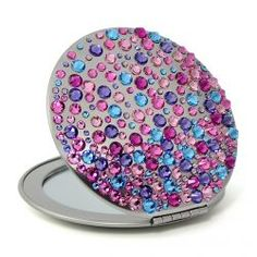 Compact mirror with lots of colro on it