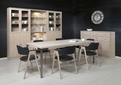 Dining table is Rotola-Pukkila's newest product! Our Timantti bureau, shelf and dining table in the picture are in the colour option White Oak. www.timantti.com #furniture #interiordesign #inspiration #interiorinspo #whiteoak #sisustus #huonekalut #kotimaisuus #inredning #möbler #inredninginspiration #inredninginspo #vitek #valkotammi #timantti