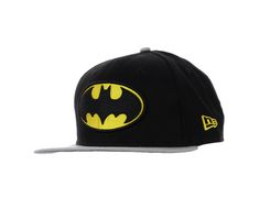 Not really related, but it reminds me of Liam. And I like snapbacks. And I like batman. So I& really happy right now :) Batman Outfits, Baby Momma, I Like Him, Geek Fashion, Cool Sunglasses, Cool Hats, Snap Backs, Snapback Cap, Beanie Hats