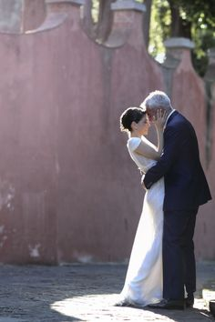 Romantic Villa la Vedetta wedding: http://www.stylemepretty.com/little-black-book-blog/2014/06/17/romantic-villa-la-vedetta-wedding/   Photography: http://www.davidbastianoni.com/