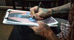Questions to Ask a Tattoo Artist - How to Talk to Your Tattoo Artist? Create A Tattoo, Get A Tattoo, Rose Bud Tattoo, Tattoo Dragon And Phoenix, Tattoo Process, Tattoo Portfolio, Tattoo Needles, What If Questions, Important Dates