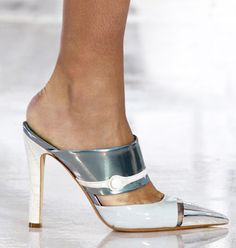 LV SPRING 2012  awesome but look very uncomfortable