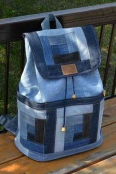 mini sac a dos- aude laure - Auto ModelleThis post was discovered by Pe mini sac a dos Idea backpack for recycling Fantastic Bags Made with Recycled Jeans – Free Guides Recycling jeans for a bag Jean bag Great idea to make a jean handbag. Sacs Tote Bags, Denim Tote Bags, Denim Purse, Patchwork Bags, Quilted Bag, Denim Patchwork, Mochila Jeans, Denim Backpack, Denim Handbags