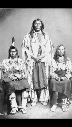 LONG HORSE (BLACK FOOT ) WHITE CALF (CROW) 1873. Grande Lobo - povos nativos - Community - Google+