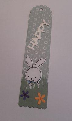 Segnalibro pasquale... guarda chi sbuca dall'erbetta? Il coniglietto di www.lacoppiacreativa,com!