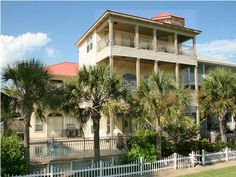 Crystal Shores located in lovely Crystal Beach in Destin, Florida