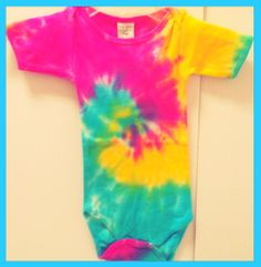 Tie Dye baby onesies!! Start your hippy kid young!