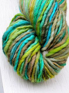 seaweed bulky falkland handspun yarn