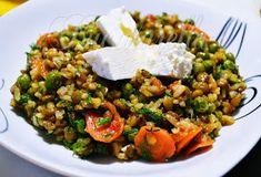 Bucatarella: Orez cu linte si mazare Cobb Salad, Food, Kitchens, Essen, Meals, Yemek, Eten