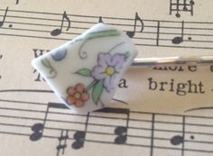 Bobbie pin recycled vintage broken plate hair pin pretty floral