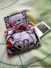 Case de Ipod com bolso para fones