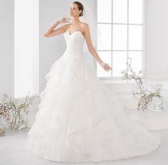 Moda sposa 2018 - Collezione AURORA. AUAB18982. Abito da sposa Nicole.