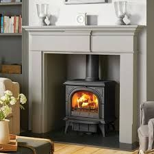 Super Wood Burning Stove Fireplace Fire Surround Log Burner Ideas – Home – fireplace Wooden Fire Surrounds, Wooden Fireplace Surround, Wood Burner Fireplace, Freestanding Fireplace, Fireplace Hearth, Fireplace Surrounds, Fireplace Design, Limestone Fireplace, Fireplace Ideas