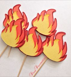 These flame cupcake toppers are perfect for your next firefighter or rock bye baby or rock n roll party. This listing include 1 dozen toppers.