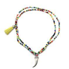 Collar Bolas Multicolor con Colmillo y Pompón de Torques - Tienda Online de Bisutería Arts And Crafts, Bracelets, Jewelry, Beading, Necklaces, Bangle Bracelets, Pom Poms, Balls, Ear Rings