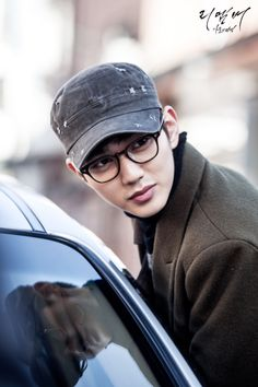 Find images and videos about kdrama, remember and yoo seung ho on We Heart It - the app to get lost in what you love. Yoo Seung Ho, So Ji Sub, Incheon, Handsome Korean Actors, Park Min Young, Baby Faces, Child Actors, Kdrama Actors, Lee Jong Suk