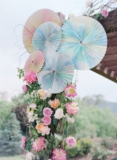 pastel watercolor pinwheels // photo by LauraMurrayPhotography.com
