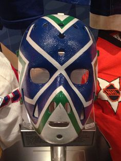 Curt Ridley mask - Vancouver Canucks #hhof #canucks Hockey Helmet, Hockey Goalie, Goalie Mask, Cool Masks, Vancouver Canucks, Masks Art, Mask Design, Nhl, Fun Facts