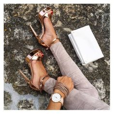 How To Wear Heels Everyday Casually. High Heels For Prom, Walking In High Heels, Prom Heels, High Heels Stilettos, High Heel Boots, Heeled Boots, Shoes Heels, How To Wear Heels, Glitter Heels