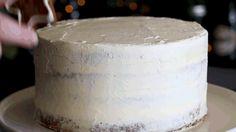 NOMU's Festive Gingerbread Cake Gingerbread Cake, High Tea, Feta, Super Easy, Festive, Cheese, Recipes, Tea Time, Recipies