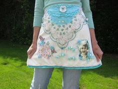 Holly Loves Art: An Artsy Apron