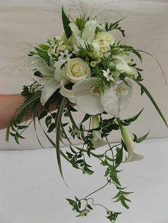 Picking the Perfect Flower Wedding Bouquet Lily Bouquet Wedding, Cascading Wedding Bouquets, Calla Lily Bouquet, Cascade Bouquet, Bride Bouquets, Bridal Flowers, Floral Bouquets, Floral Wedding, Floral Arrangements